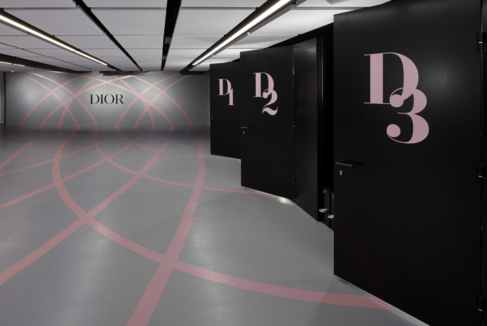 Dior Box, temporary installation, Paris